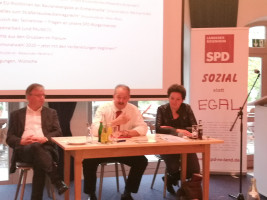 Wasserburgs Bürgermeister Michael Kölbl, Kolbermoors Bürgermeister Peter Kloo und Kreisvorsitzende Alexandra Burgmaier